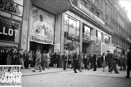 1946 Symphonie Magique Champs Elysées.jpg