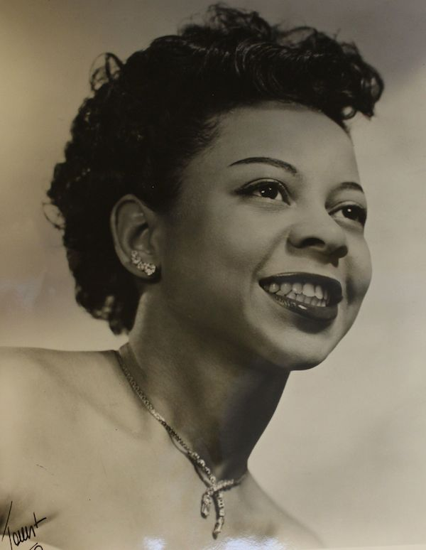 1957ca Dotty SAULTERS.jpg