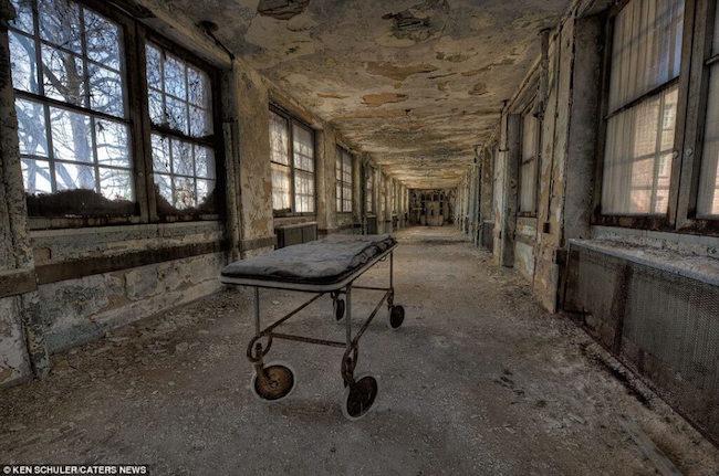 Trenton Abandoned1_db25ba_5989742.jpg